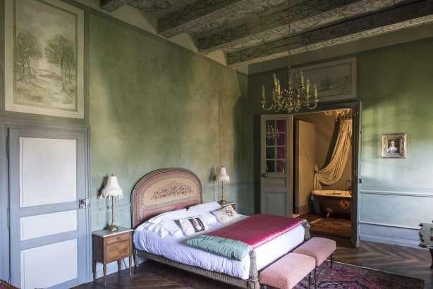 chambres d 39 hotes rodez chambres d 39 h tes chateau de canac. Black Bedroom Furniture Sets. Home Design Ideas